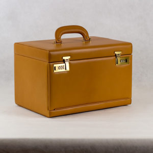 Suitcase 36x25 - TOBACCO